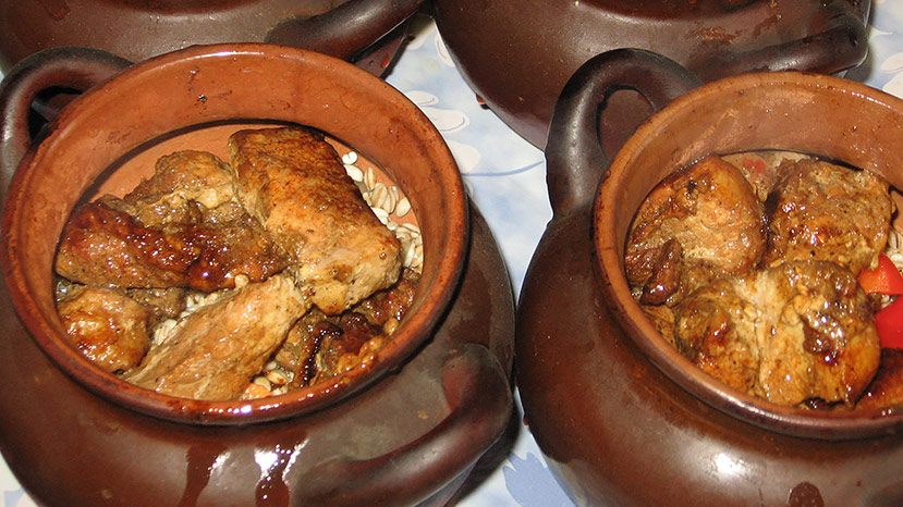 Приготовление говядины в горшочке в духовке